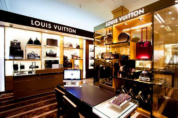 参照:Harrods Opens Its Own Louis Vuitton Store