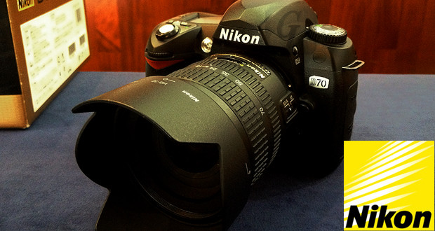 Nikon D70 デジタル一眼レフカメラレンズ/AF-S DX ズームニッコール 18-70mm F3.5-4.5G ED セット