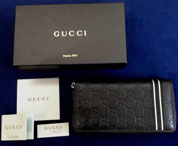 【GUCCI】グッチシマ ラウンドファスナー ウェビングライン長財布はリーズナブルで男性向けプレゼントに最適なモデル