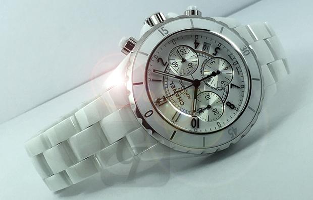 【Brand Shooting,Good Industrial design:Photo Collection】Chanel J12 Chronograph H0940 はレジェンドブランド以外にリーズナブルな腕時計を探している人には最適なマストアイテム