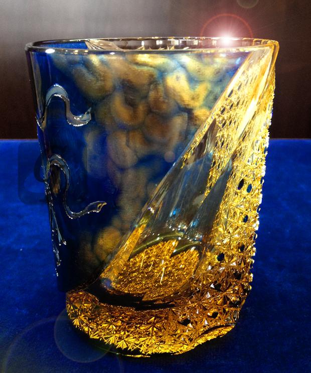 【但野英芳】俵屋宗達 風神雷神図モチーフ グラスから見る新スタイルの江戸切子と希少な高級モデルで酒や茶などを楽しむべき