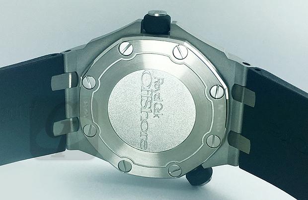 【AUDEMARS PIGUET Royal Oak Offshore Diver】 オーデマピゲ ロイヤルオーク オフショアダイバー は成功時計のダイバーモデルとして夏の海に最適なモデル