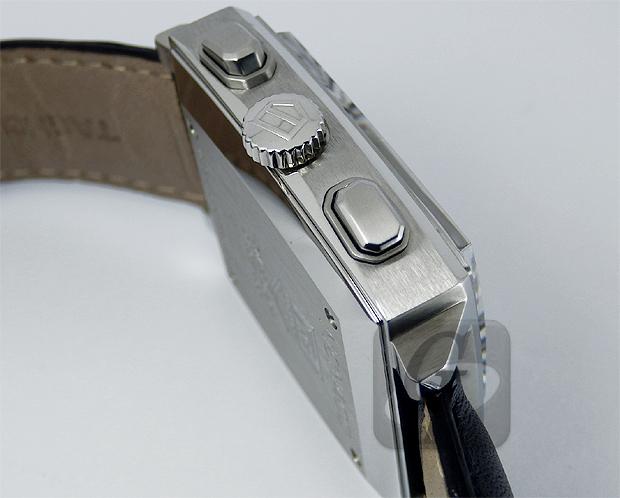 【TAG Heuer】タグホイヤー モナコ クロノグラフ MONACO CHRONOGRAPH は世界初の角型防水時計を生み出した革新的な定番人気モデル