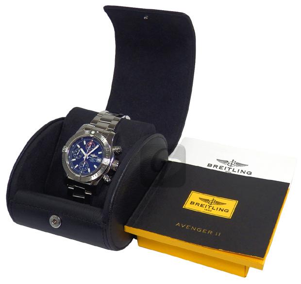 【BREITLING】アベンジャーII A13381 美しさと機能を融合させた高額人気のプロの為の真の計器