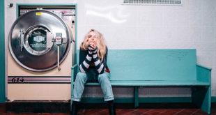 【シェアリングエコノミー】アパレル業界の定額サービス参入の成功要因と様々な衣料品のシェアサービスの可能性についての考察